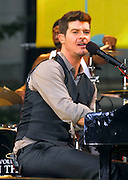 "Singer Robin Thicke performs at the 2007 ""Good Morning America"" Summer Concert Series in Bryant Park on Friday, June 8, 2007 in New York."