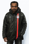 """""""Ohne Arbeit kann ich<br /> mir keine Wohnung leisten.""""<br /> Hussain stammt aus Bangladesch und besitzt<br /> italienische Aufenthaltspapiere. Denn die erste Station<br /> auf seiner Flucht nach Europa war Italien. Doch dort<br /> fand er keine Arbeit und erhielt keine Sozialhilfe."""