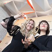Les sœurs Boulay - 4488 de l'amour, Album de l'année folk - Gala de l'ADISQ 2016, remise des trophées Felix aux gagnants -  Place des Arts / Montreal / Canada / 2016-10-30, © Photo Marc Gibert / adecom.ca