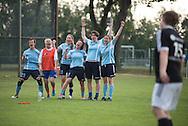 FC Krylya (übersetzt: Flügel) wurde vor mehr als 10 Jahren in Moskau von einer Gruppe von Freundinnen, die Liebe für den Fußball vereint, gegründet.