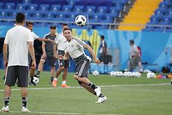 June 22, 2018 - EUM20180622DEP08.JPG.ROSTOV, Rusia, SoccerFutbol-Mundial.- 22 de junio de 2018. Sesión de entrenamiento de la Selección Mexicana de futbol en el Estadio Rostov Arena, previo al partido que tendrán ante su similar de Corea del Sur este sábado, como parte de las actividades de fase de grupos del Mundial de Rusia. Foto: Agencia EL UNIVERSALLuis CortésMAR. (Credit Image: © El Universal via ZUMA Wire)