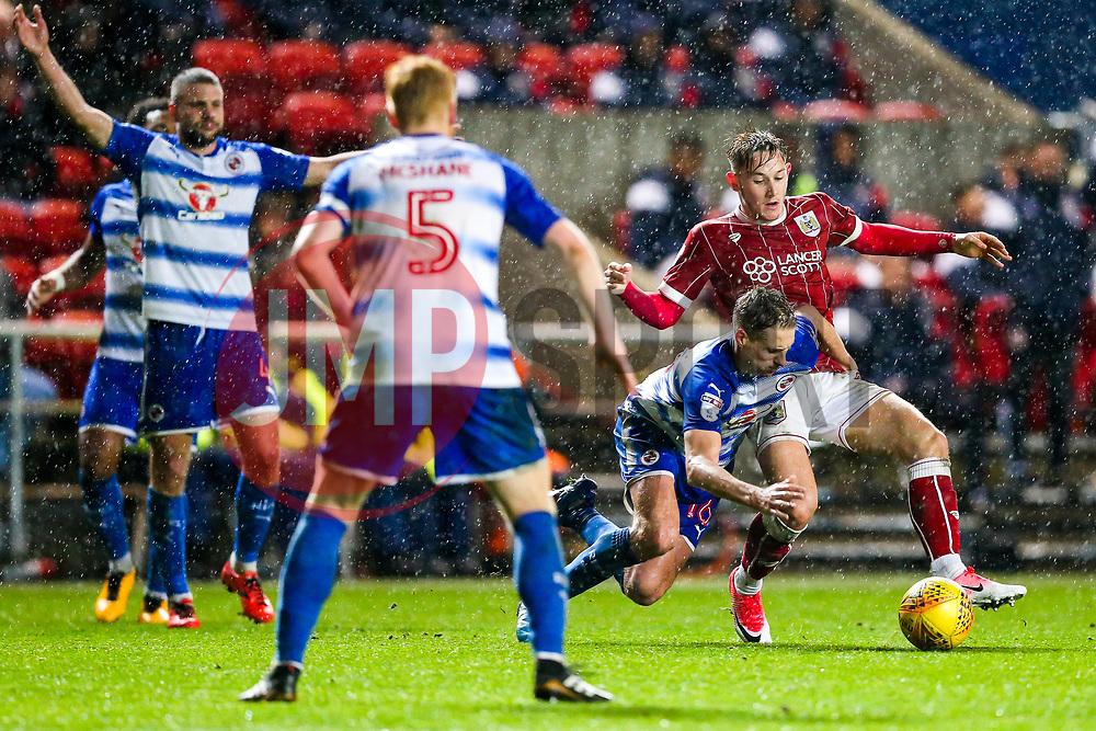 Josh Brownhill of Bristol City is challenged by David Edwards of Reading - Rogan/JMP - 26/12/2017 - Ashton Gate Stadium - Bristol, England - Bristol City v Reading - Sky Bet Championship.