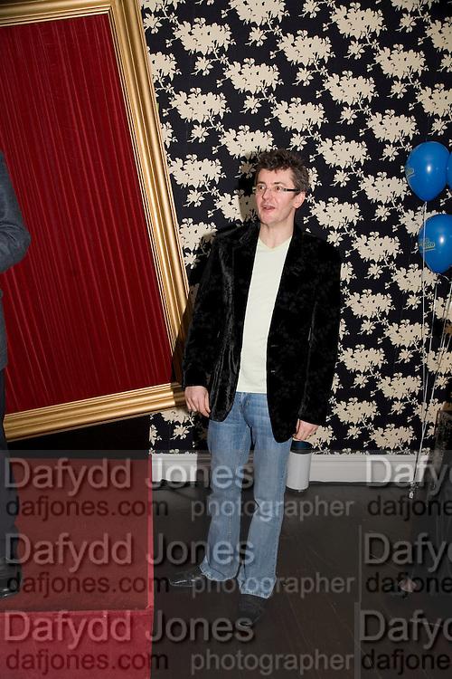 JOE PASQUALE, Bingo Lotto launch party. Soho Hotel Richmond Mews. London. 29 February 2008.  *** Local Caption *** -DO NOT ARCHIVE-© Copyright Photograph by Dafydd Jones. 248 Clapham Rd. London SW9 0PZ. Tel 0207 820 0771. www.dafjones.com.