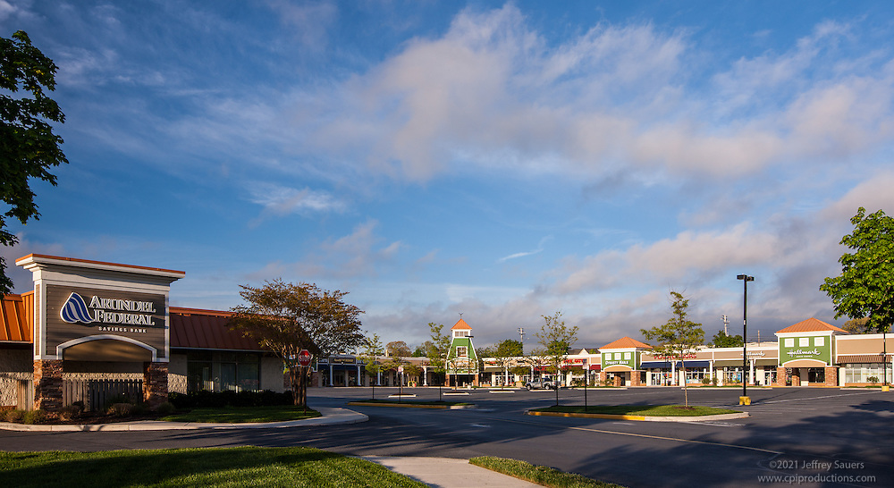 Retail Center Exterior photo of Lakeshore Plaza Shopping Center by Jeffrey Sauers of Commercial Photographics