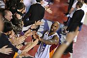 DESCRIZIONE : Roma Lega A 2014-15 Acea Roma Enel Brindisi<br /> GIOCATORE : Ramel Curry<br /> CATEGORIA : esultanza tifosi pubblico<br /> SQUADRA : Acea Roma<br /> EVENTO : Campionato Lega A 2014-2015<br /> GARA : Acea Roma Enel Brindisi<br /> DATA : 19/04/2015<br /> SPORT : Pallacanestro <br /> AUTORE : Agenzia Ciamillo-Castoria/G.Masi<br /> Galleria : Lega Basket A 2014-2015<br /> Fotonotizia : Roma Lega A 2014-15 Acea Roma Enel Brindisi