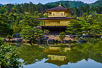Japon, île de Honshu, région de Kansaï, Kyoto, le temple Kinkaku-ji ou temple du Pavillon d'or // Japan, Honshu island, Kansai region, Kyoto, Kinkaku-ji temple or golden temple
