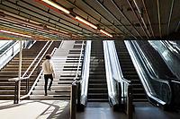 Rotterdam Centraal Station, Metrostation, Pianotrap zodat meer mensen de trap nemen i.p.v. de roltrap.