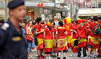 GEPA-2606087311 - WIEN,AUSTRIA,26.JUN.08 - FUSSBALL - UEFA Europameisterschaft, EURO 2008, Host City Fan Zone, Fanmeile, Fan Meile, Public Viewing. Bild zeigt Spanien-Fans am Stephansplatz. <br />