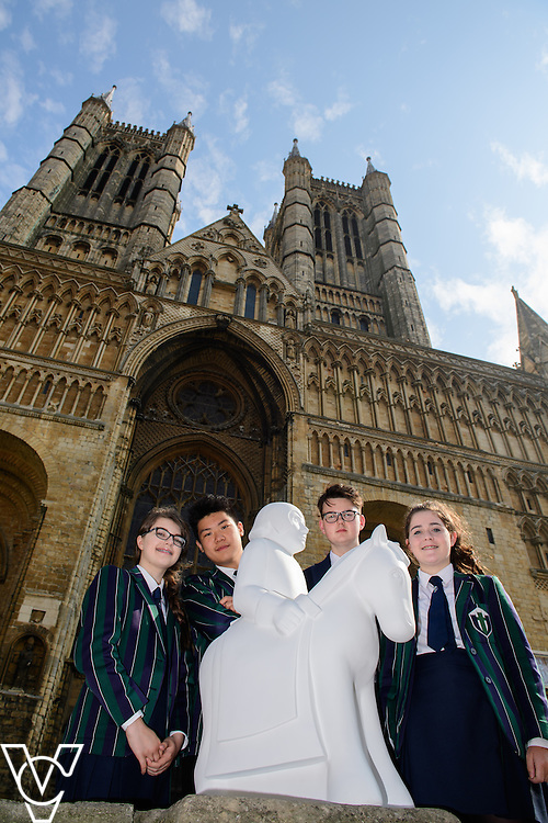 The Lincoln Knights&rsquo; Trail Education Programme - The EBP has been appointed as the official education partner for the 2017 Lincoln Knights&rsquo; Trail.  Pictured are pupils from Lincoln Minster School with a half sized knight which is part of the education programme in front of Lincoln Cathedral<br /> <br /> Picture: Chris Vaughan Photography for The EBP<br /> Date: September 14, 2016