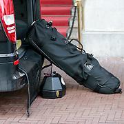 NLD/Amsterdam/20130419 - Zangeres Pink verlaat haar hotel, bagage