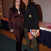 Premiere Holiday on Ice 2004, Rene van Kooten en vriendin Carla