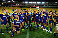 The highlanders pose for  a team photo after the 14-9 win. Super 15 rugby match - Hurricanes v Highlanders at Westpac Stadium, Wellington, New Zealand on Friday, 18 February 2011. Photo: Dave Lintott/PHOTOSPORT
