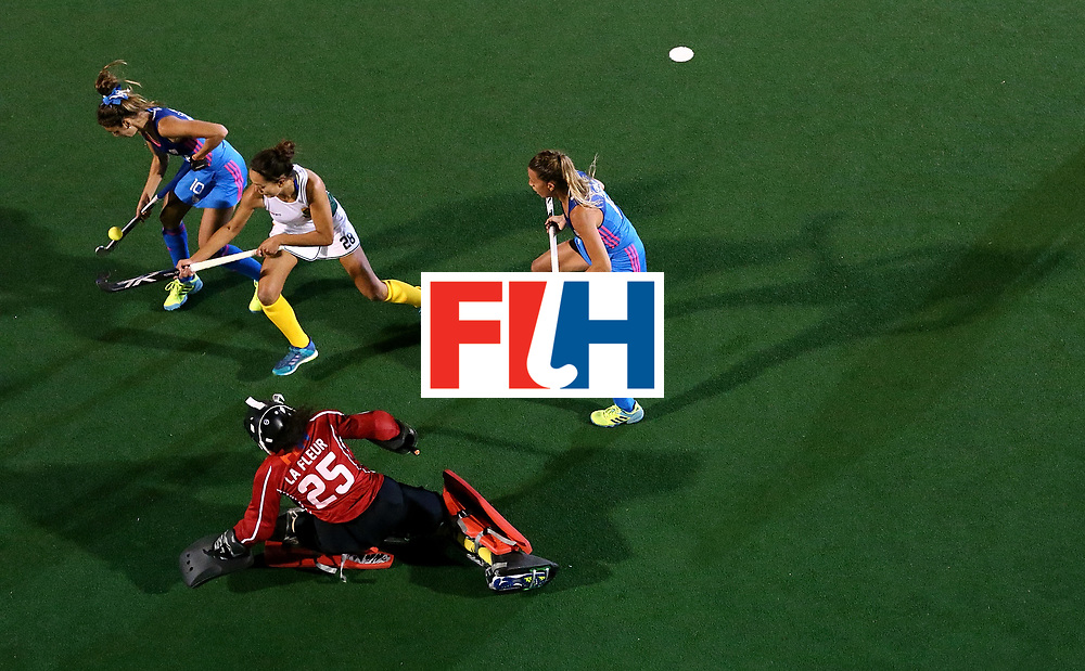 JOHANNESBURG, SOUTH AFRICA - JULY 12:  Quanita Bobbs of South Africa battles with Magdalena Fernandez and Delfina Merino of Argentina during day 3 of the FIH Hockey World League Semi Finals Pool B match between South Africa and Argentina at Wits University on July 12, 2017 in Johannesburg, South Africa.  (Photo by Jan Kruger/Getty Images for FIH)