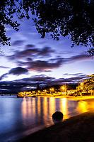 Praia da Tapera ao anoitecer. Florianópolis, Santa Catarina, Brasil. / Tapera Beach at dusk. Florianopolis, Santa Catarina, Brazil.