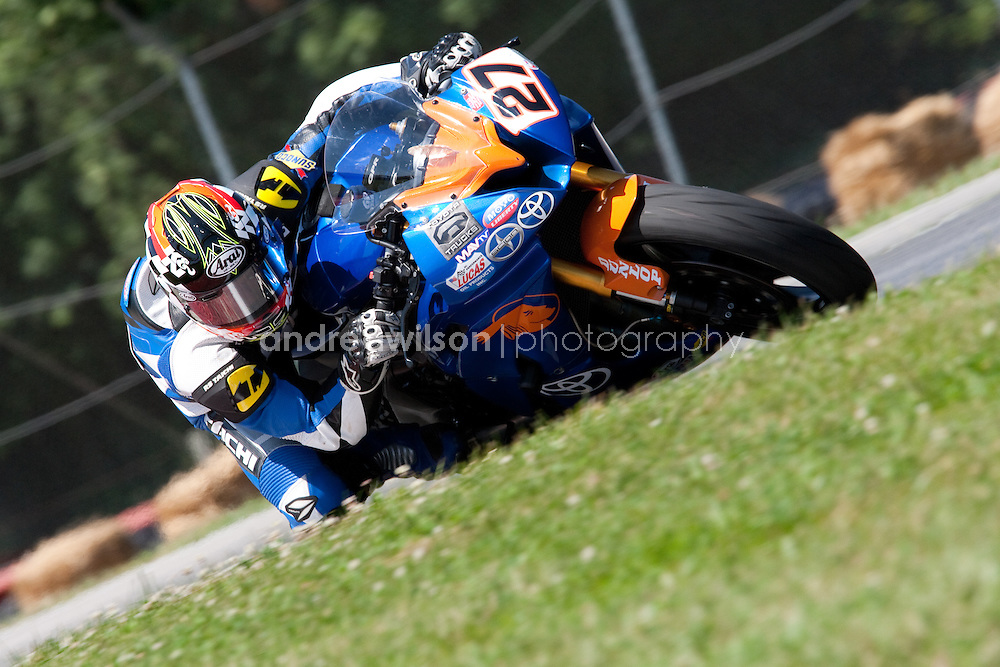 Mid Ohio - Round  6 - AMA Pro Road Racing - AMA Superbike - Lexington OH - July 16-18, 2010.:: Contact me for download access if you do not have a subscription with andrea wilson photography. ::  ..:: For anything other than editorial usage, releases are the responsibility of the end user and documentation will be required prior to file delivery ::..