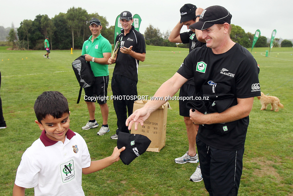 Scott Styris hands out prizes at the National Bank's National Cricket Club ( NCC ) Supercamp, Parnell Cricket Club, Auckland, Friday 4 February 2011. Photo: Andrew Cornaga/photosport.co.nz