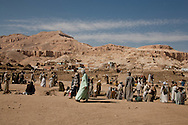 Egypt. Louxor - RAMESSEUM, restoration with old materials in Thebes  Louxor - Egypte    /  Le RAMESSEUM, restauration avec des briques crues , a l ancienne a Thebes  Louqsor - Egypt