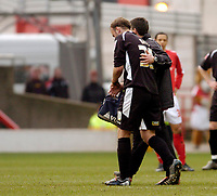 Photo: Leigh Quinnell.<br /> Nottingham Forest v Swansea. Coca Cola League 1. 11/02/2006. Swanseas Stephen Watt goes off with a wrist injury.