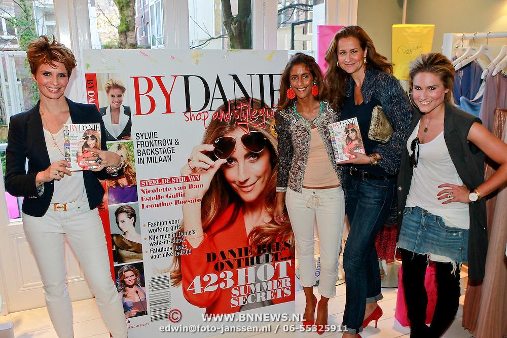 NLD/Amsterdam/20110323 - Presentatie Styleguide Danie Bles 2011, Pauline Huizinga - Mol
