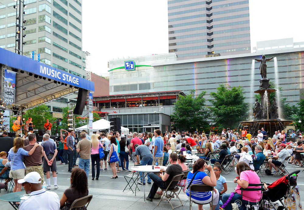 Taste of Cincinnati Fountain Square