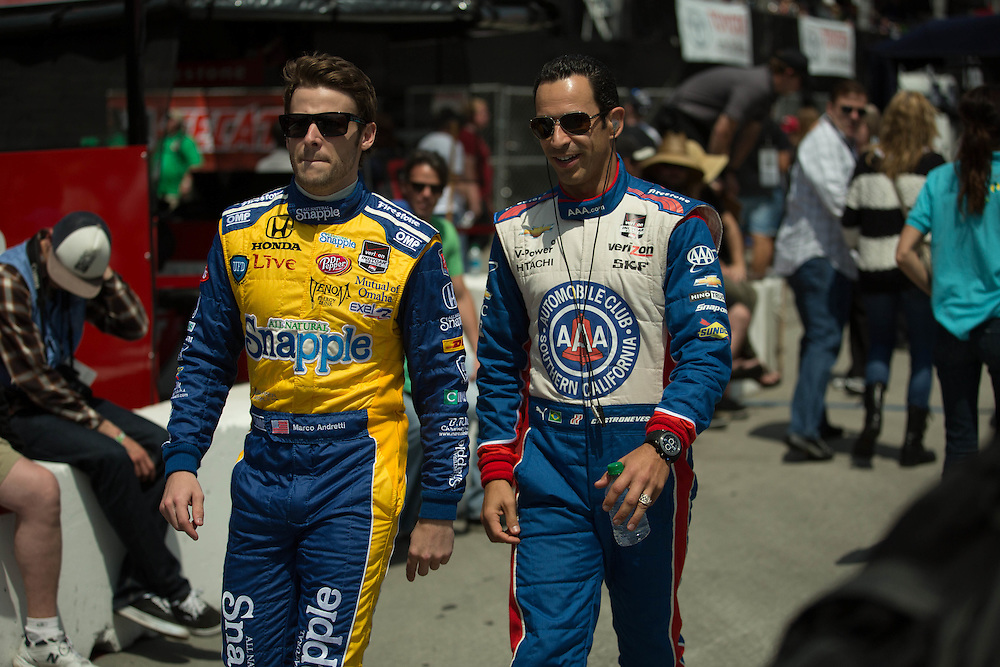 Marco Andretti and Helio Castroneves walk pit lane LBGP 2014