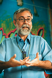 Jo&atilde;o Carlos Guilhermino da Franca, educador e coordenador do projeto Camar&aacute;. <br /> Centro Camar&aacute; de Pesquisa e Apoio &agrave; Inf&acirc;ncia e &agrave; Adolesc&ecirc;ncia.
