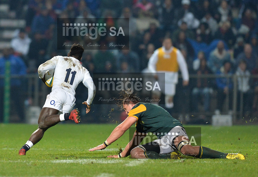 GEORGE, SOUTH AFRICA - JUNE 17: Arno Botha of South Africa tries to in vain to tackle Christian Wade of England during the match between South Africa 'A' and England Saxons at Outeniqua Park on June 17 2016 in George, South Africa. (Photo by Roger Sedres/Gallo Images)