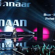 "NLD/Hilversum/20160129 - Finale The Voice of Holland 2016, Maan met haar niuwe single ""Perfect World"" geproduceerd door Hardwell"