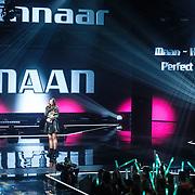 """NLD/Hilversum/20160129 - Finale The Voice of Holland 2016, Maan met haar niuwe single """"Perfect World"""" geproduceerd door Hardwell"""