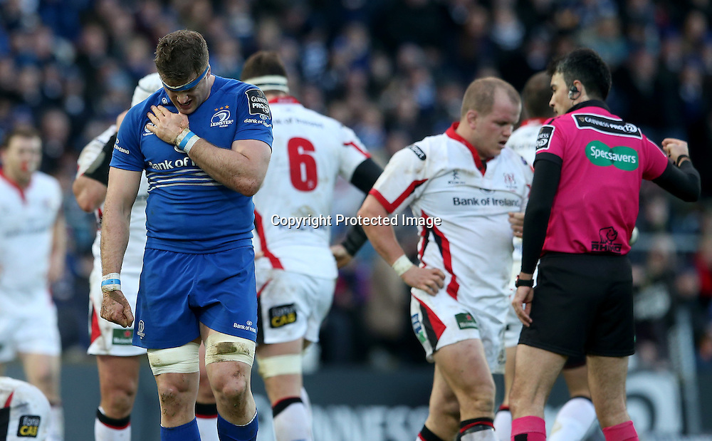 Guinness PRO12, RDS, Dublin 3/1/2015<br /> Leinster vs Ulster <br /> Leinster's Jamie Heaslip injured<br /> Mandatory Credit &copy;INPHO/James Crombie