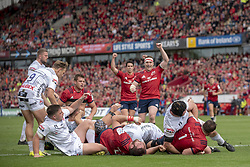 October 20, 2018 - Limerick, Ireland - Munster players celebrate scoring during the Heineken Champions Cup match between Munster Rugby and Gloucester Rugby at Thomond Park in Limerick, Ireland on October 20, 2018  (Credit Image: © Andrew Surma/NurPhoto via ZUMA Press)