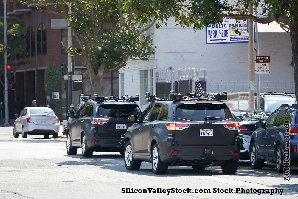 Zoox Self Driving Car testing on the Streets of San Francisco (copyright M Halberstadt)