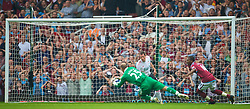LONDON, ENGLAND - Saturday, September 19, 2009: West Ham United supporters hold their heads in their hands as Liverpool's goalkeeper Pepe Reina makes a save after the ball rebounds off the post from West Ham United's Zavon Hines during the Premiership match at Upton Park. (Pic by David Rawcliffe/Propaganda)