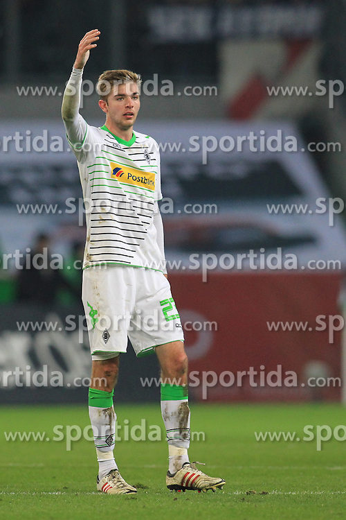 07.02.2014, Borussia Park, Moenchengladbach, GER, 1. FBL, Borussia Moenchengladbach vs Bayer 04 Leverkusen, 20. Runde, im Bild Christoph Kramer (Borussia Moenchengladbach #23) mit erhobenem Arm // during the German Bundesliga 20th round match between Borussia Moenchengladbach and Bayer 04 Leverkusen at the Borussia Park in Moenchengladbach, Germany on 2014/02/08. EXPA Pictures &copy; 2014, PhotoCredit: EXPA/ Eibner-Pressefoto/ Schueler<br /> <br /> *****ATTENTION - OUT of GER*****