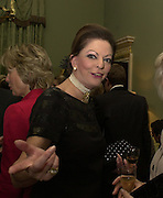 Mrs. John Mackinnon. The Spencer House draw in aid of the Countryside Alliance. 28 November 2000. © Copyright Photograph by Dafydd Jones 66 Stockwell Park Rd. London SW9 0DA Tel 020 7733 0108 www.dafjones.com