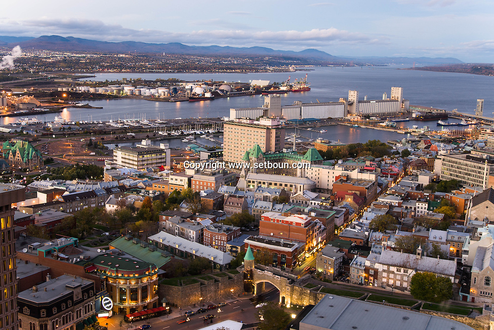 Canada. Quebec. THE PORT. general and aerial view of the city. the old city and the Saint Laurent river   / vue generale et aerienne de la ville. la vielle ville et le fleuve Saint Laurent. cote PORT