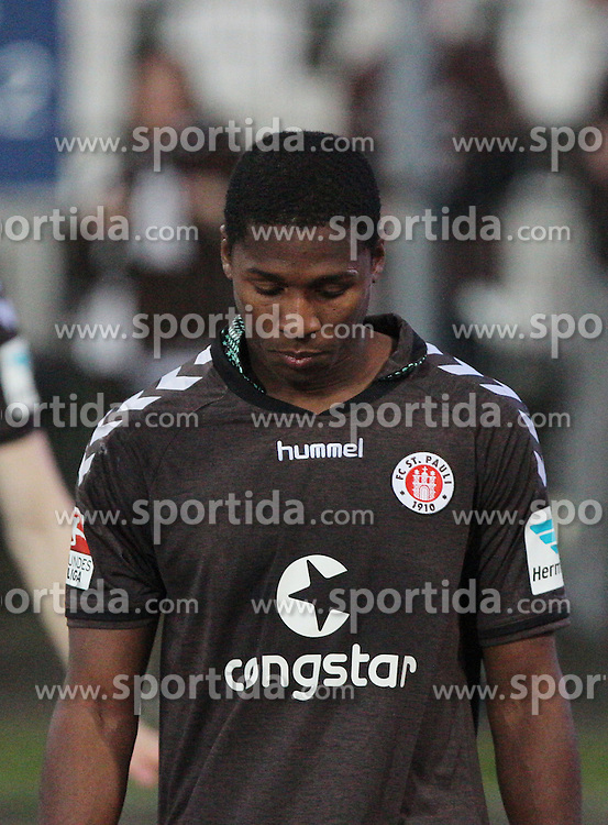 10.04.2015, Wildparkstadion, Karlsruhe, GER, 2. FBL, Karlsruher SC vs FC St. Pauli, 28. Runde, im Bild Armando Cooper (FC St. Pauli) // during the 2nd German Bundesliga 28th round match between Karlsruher SC and FC St. Pauli at the Wildparkstadion in Karlsruhe, Germany on 2015/04/10. EXPA Pictures &copy; 2015, PhotoCredit: EXPA/ Eibner-Pressefoto/ Bermel<br /> <br /> *****ATTENTION - OUT of GER*****