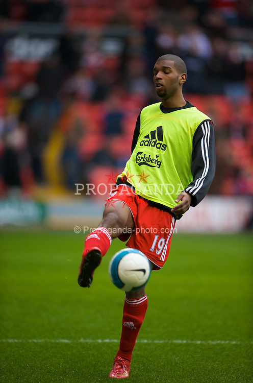 LIVERPOOL, ENGLAND - Saturday, March 15, 2008: Liverpool's Ryan Babel warms up before the Premiership match at Anfield. (Photo by David Rawcliffe/Propaganda)