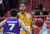 BEKO Basketball 1. Bundesliga 2014/2015  11. Spieltag Walter Tigers Tuebingen - BG Goettingen        29.11.2014 Vladimir Mihailovic (re, Tigers) am Ball