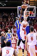 Dominique Archie, Riccardo Cervi<br /> Grissin Bon Pallacanestro Reggio Emilia - Betaland Capo d' Orlando<br /> Lega Basket Serie A 2016/2017<br /> Reggio Emilia, 05/12/2016<br /> Foto Ciamillo-Castoria