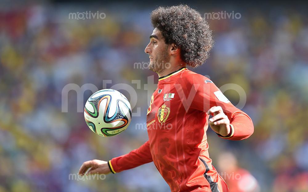FUSSBALL WM 2014  VORRUNDE    Gruppe H     Belgien - Algerien                       17.06.2014 Marouane Fellaini (Belgien) am Ball