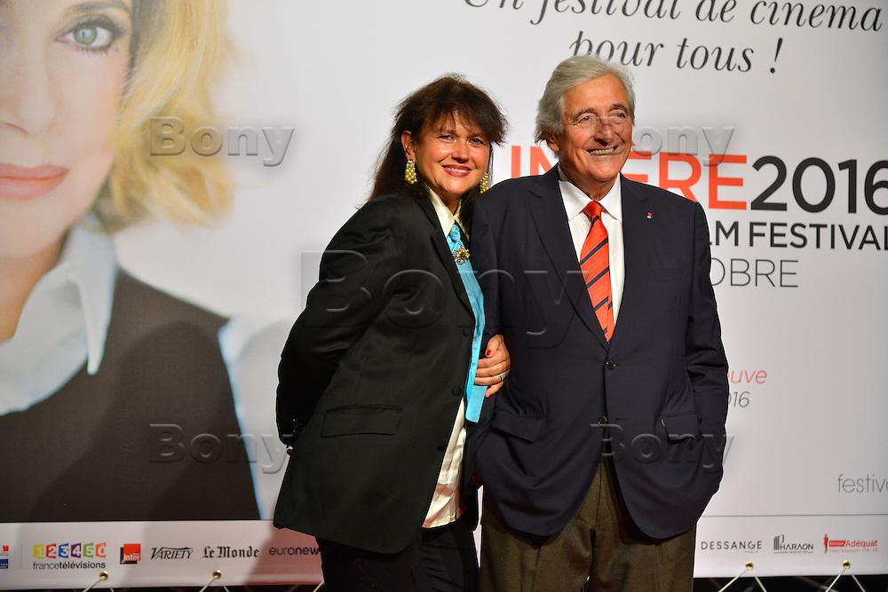 Veronique Bachet Dabadie &amp; Jean Loup Dabadie<br /> Lyon 8 oct 2016 - Festival Lumi&egrave;re 2016 - C&eacute;r&eacute;monie d&rsquo;Ouverture<br /> 8th Film Festival Lumiere In Lyon : Opening Ceremony