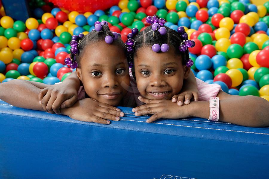 Mott Childrens Hosptial Annunal Report 2008