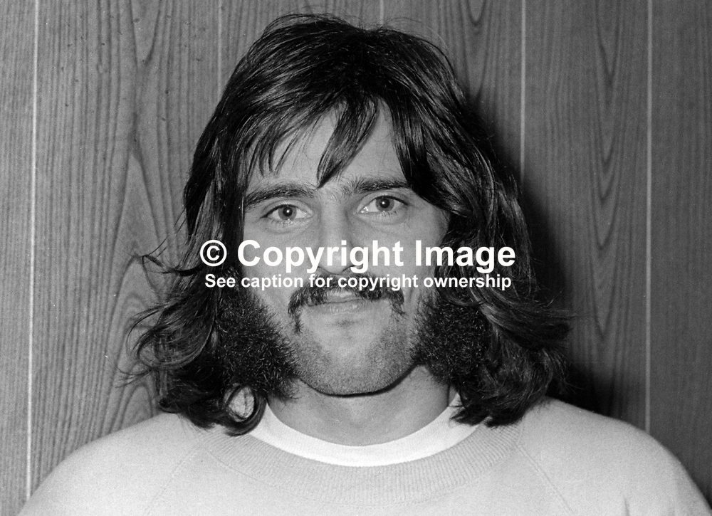 Trevor McCullough, footballer, Glentoran FC, Belfast, N Ireland, October, 1972, 197210280681<br />