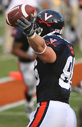 Tom Santi (86)..The Virginia Cavaliers defeated the Western Michigan Broncos 31-19 on September 3, 2005 at Scott Stadium in Charlottesville, VA.
