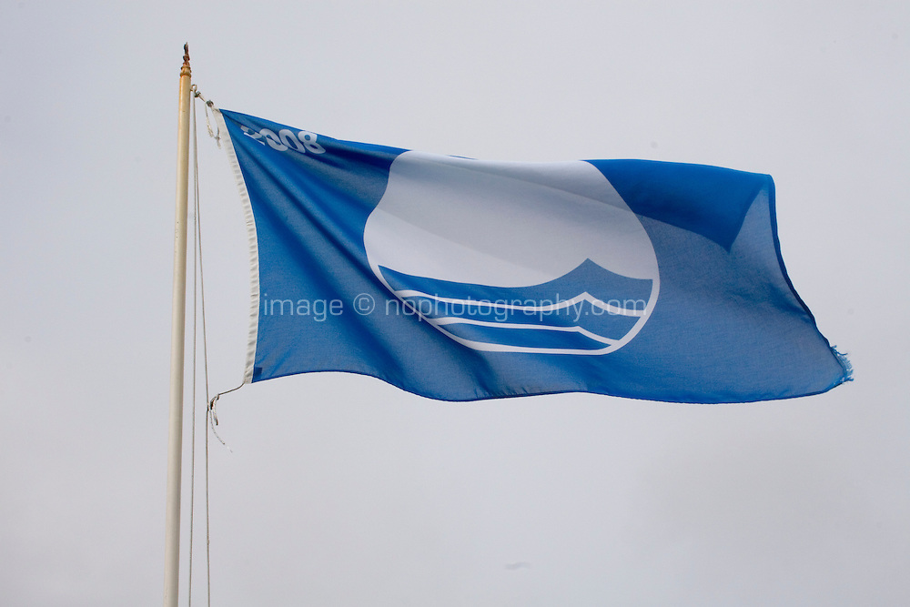 European blue flag to signal that the beach has been quality awarded