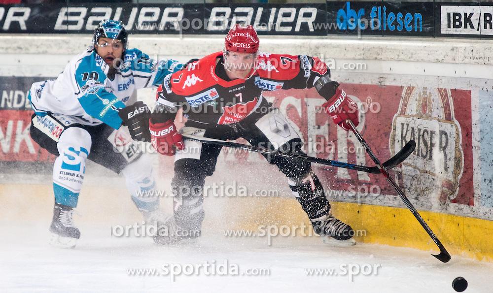 17.11.2015, Tiroler Wasserkraft Arena, Innsbruck, Österreich, EBEL, HC TWK Innsbruck die Haie vs EHC Liwest Black Wings Linz, 21. Runde, im Bild vl.:  Andrew Jacob Kozek (EHC Liwest Black Wings Linz), Dustin Vanballegooie (HC TWK Innsbruck Die Haie) // during the Erste Bank Icehockey League 21st round match between HC TWK Innsbruck  die Haie and EHC Liwest Black Wings Linz at the Tiroler Wasserkraft Arena in Innsbruck, Austria on 2015/11/17. EXPA Pictures © 2015, PhotoCredit: EXPA/ Jakob Gruber
