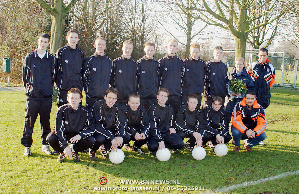Team A Junioren SV Loosdrecht met sponsor
