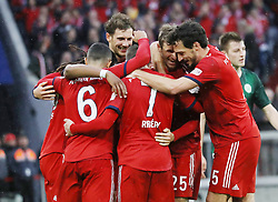 09.03.2019, Allianz Arena, Muenchen, GER, 1. FBL, FC Bayern Muenchen vs VfL Wolfsburg, 25. Runde, im Bild Jubel bei Bayern von links: Thiago, Leon Goretzka, Franck Ribery, Thomas Müller und Mats Hummels // during the German Bundesliga 25th round match between FC Bayern Muenchen and VfL Wolfsburg at the Allianz Arena in Muenchen, Germany on 2019/03/09. EXPA Pictures © 2019, PhotoCredit: EXPA/ SM<br /> <br /> *****ATTENTION - OUT of GER*****