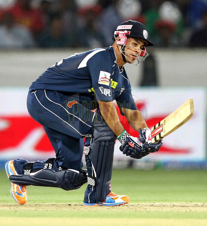 JP Duminy in action during match 11 of the Indian Premier League ( IPL ) between the Deccan Chargers and the Royal Challengers Bangalore held at the Rajiv Gandhi International Cricket Stadium in Hyderabad on the 14th April 2011..Photo by Prashant Bhoot/BCCI/SPORTZPICS.